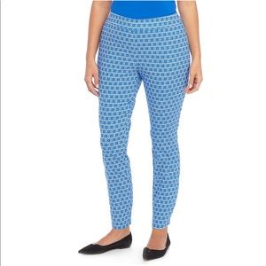 NWT The Limited Plus Signature Pull-on Ankle Pants